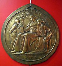 Memorial medal in the museum at the Hotel de la Cloche in Reims, France.
