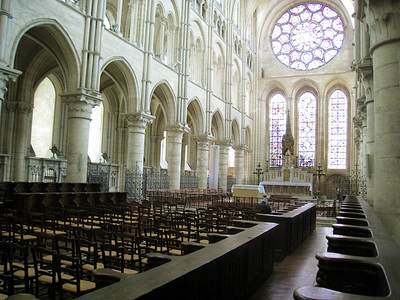 Inside the cathedral of Laon, looking towards the front.