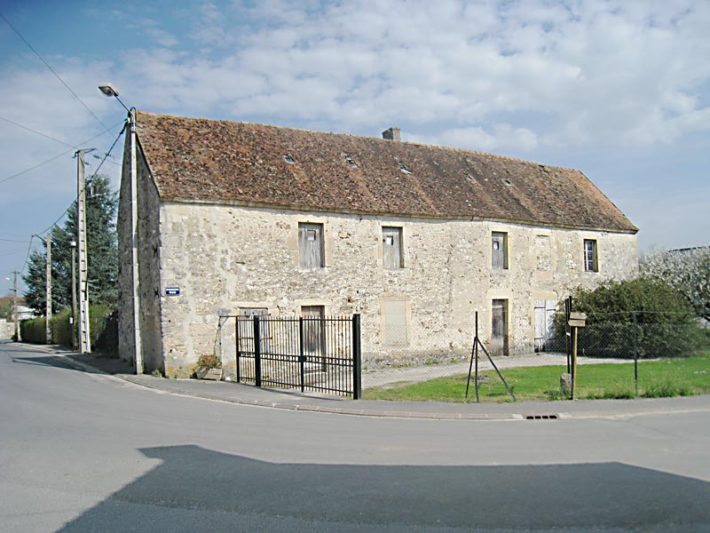 The house in the village of Brouillet where De La Salle's maternal grandparents lived for part of the year.