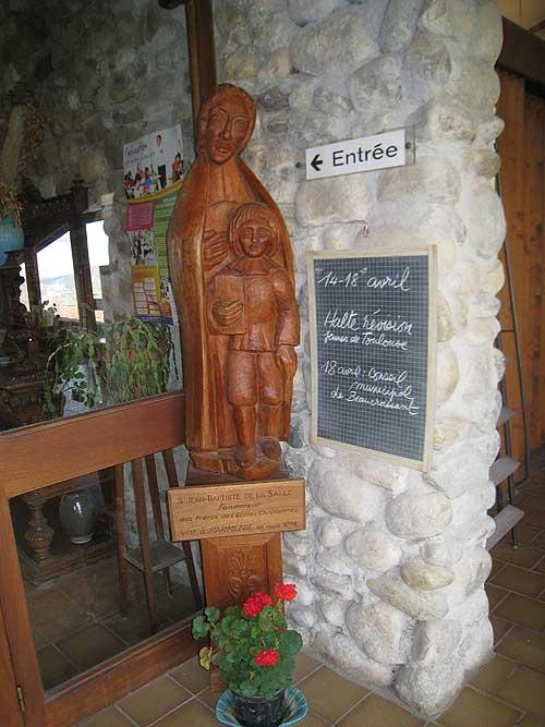 A statue of De La Salle at the entrance to the Parmenie retreat center.