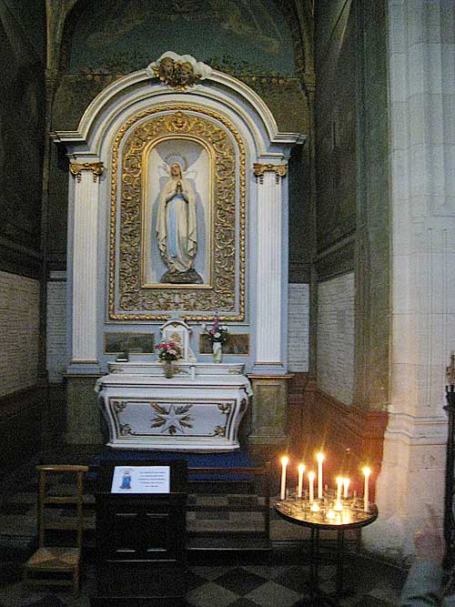 Side chapel near De La Salle in the Church of St. Sever. The altar was hand-crafted by students of the Brothers.