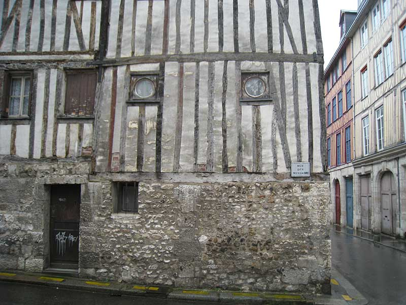Detail of the original house in Rouen where the first Brothers moved after living and working in the General Hospice.