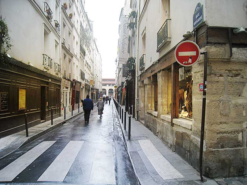 Looking down the street of the present-day Rue Princesse.