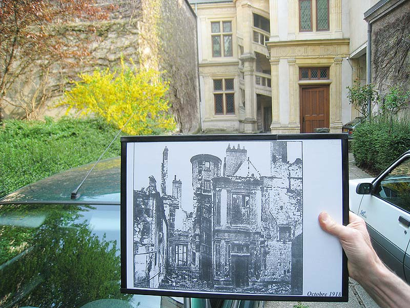 Comparison of the back courtyard of the hotel de la Cloche in Reims, France, with a photo taken after World War I.