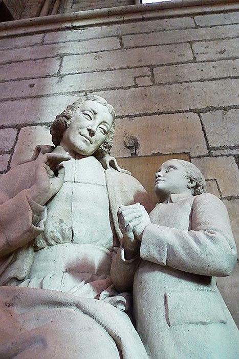 Detail from the statue of De La Salle in the side chapel of the Reims Cathedral by Louis Lejeune (1884-1969).
