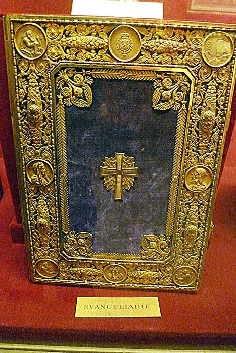 A Book of the Gospels from the 17th century, on display at the Palace du Tau.
