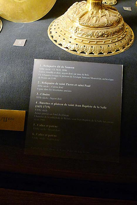The description of the items in the previous photo.