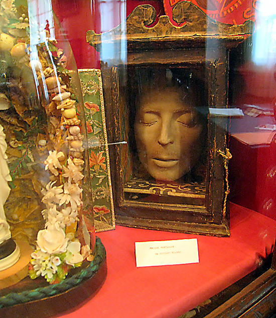 The death mask of Nicholas Roland at the motherhouse in Reims of the Sisters of the Child Jesus.