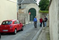 On the small street in Laon dedicated to the Brothers.