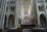 The sanctuary area of the cathedral of Laon.